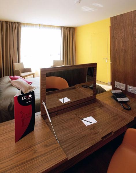 Chambres h tel sb diagonal zero barcelona barcelone - Hotel barcelone jacuzzi dans la chambre ...